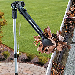5 Gutter Cleaning Tools That Don