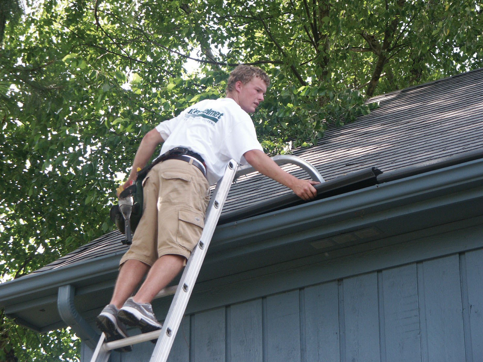 Install Gutters Yourself 5 Beginner Mistakes To Avoid